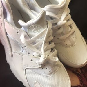 Nike all white Hurache .